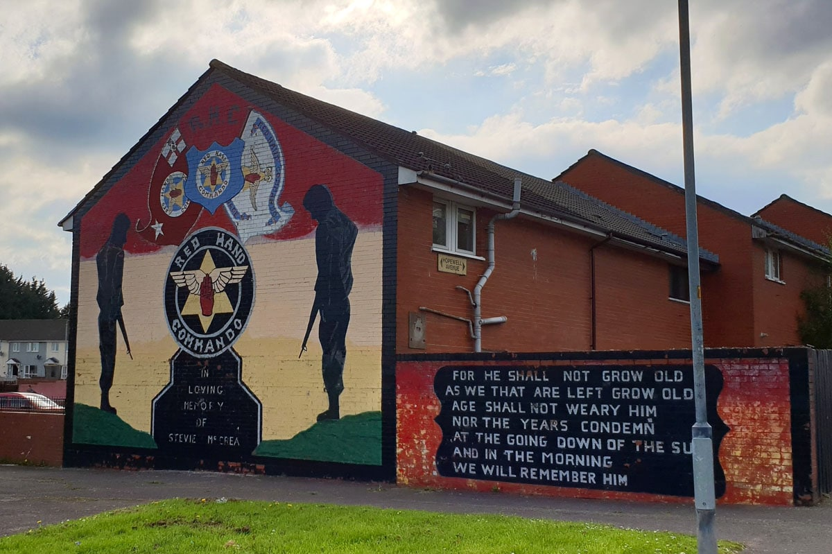 belfast-mural-red-hand-commando