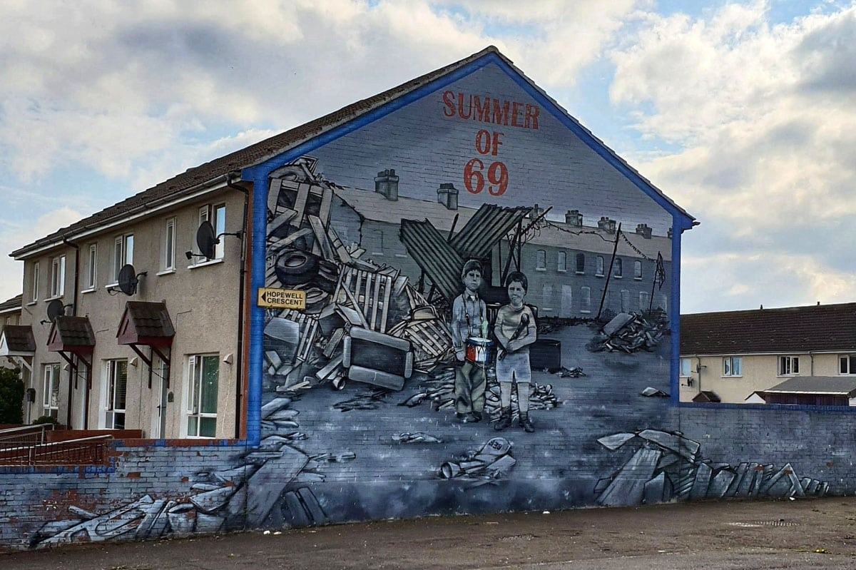 belfast-mural-summer-of-69