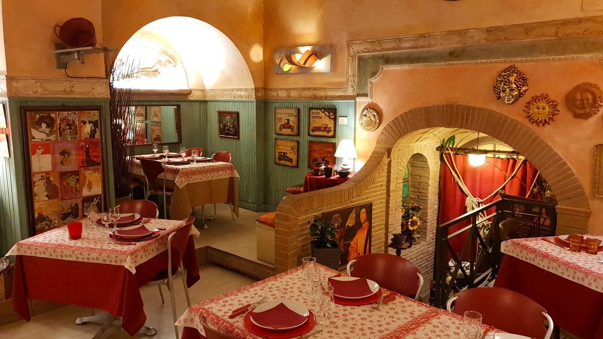 Subiaco-reisetipps-latium-reisetipps-italien-i-tre-Bruschettieri-interior