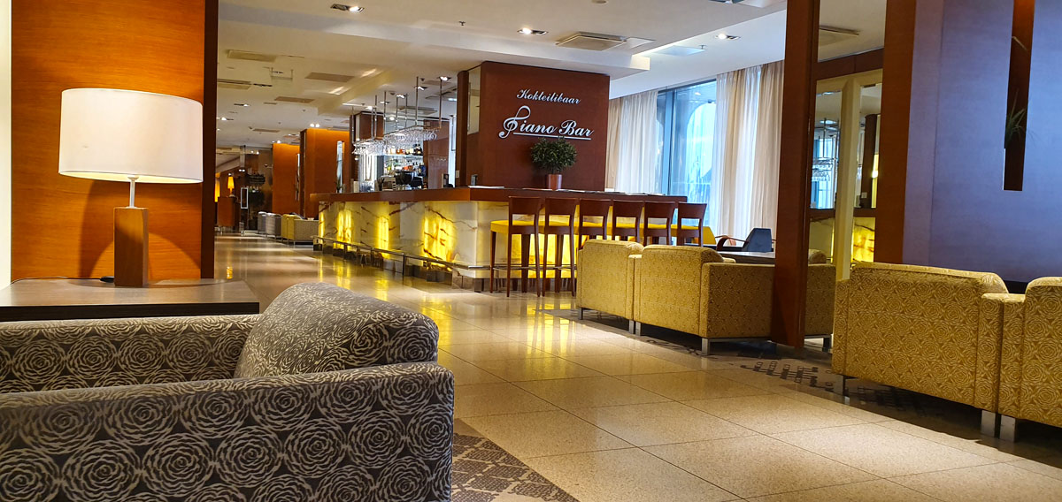 Tallinn-Hotel-Tipp-Tallink-City-piano-bar